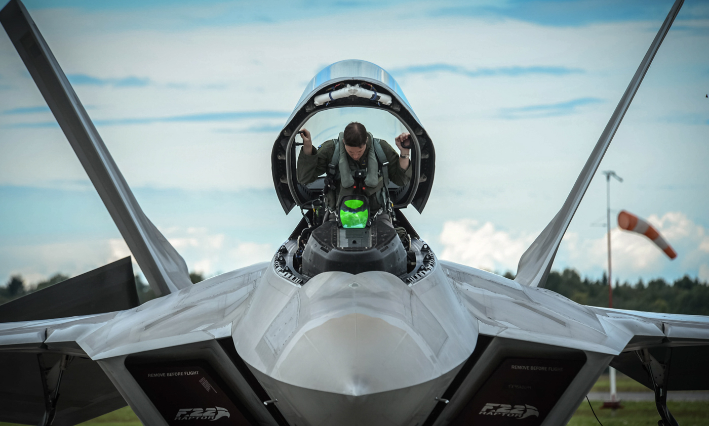 F-22 Raptors deploy to Estonia