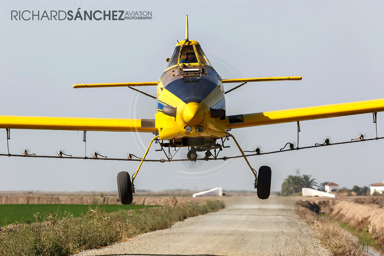Richard Sanchez_Air Tractor AT-502B