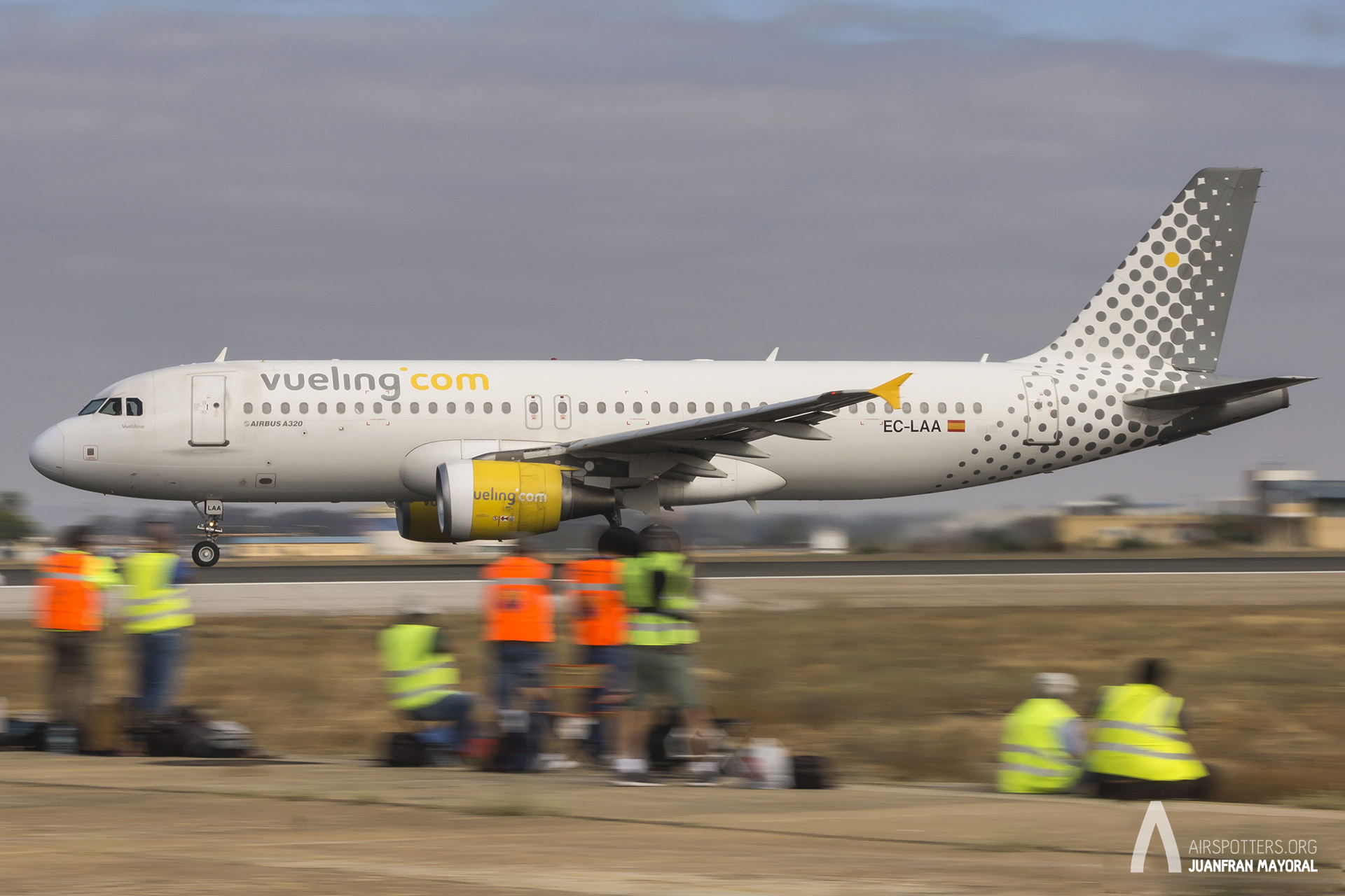 Spotting Day Sevilla. Vueling barrido